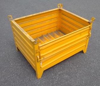 Caisse palette tôle acier avec porte